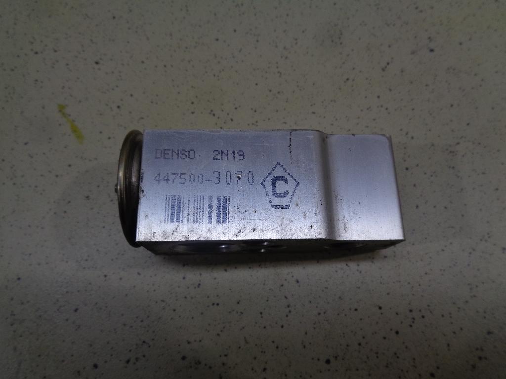 Клапан кондиционера 8851542090