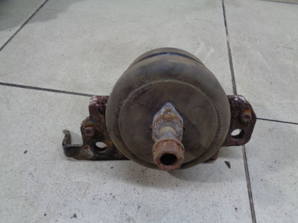 Опора двигателя передняя 1236151030