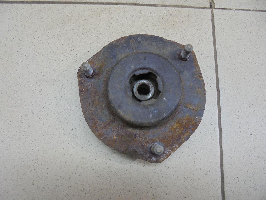 Опора переднего амортизатора 4860933210