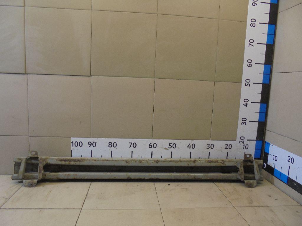 Усилитель заднего бампера 5202302070