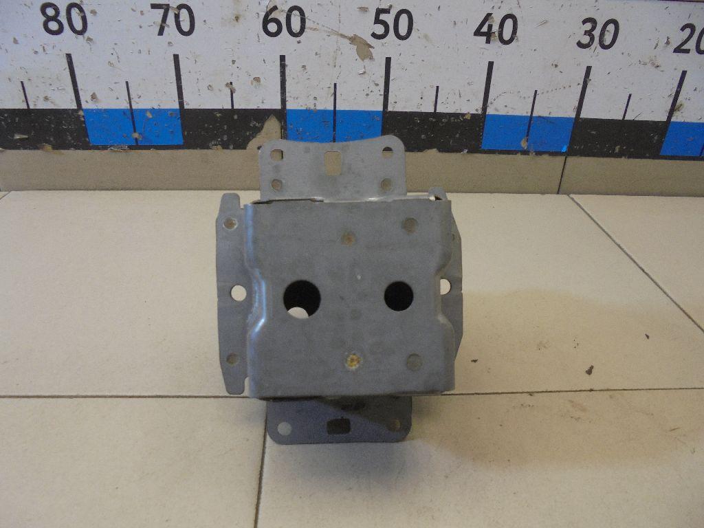 Кронштейн усилителя заднего бампера левый