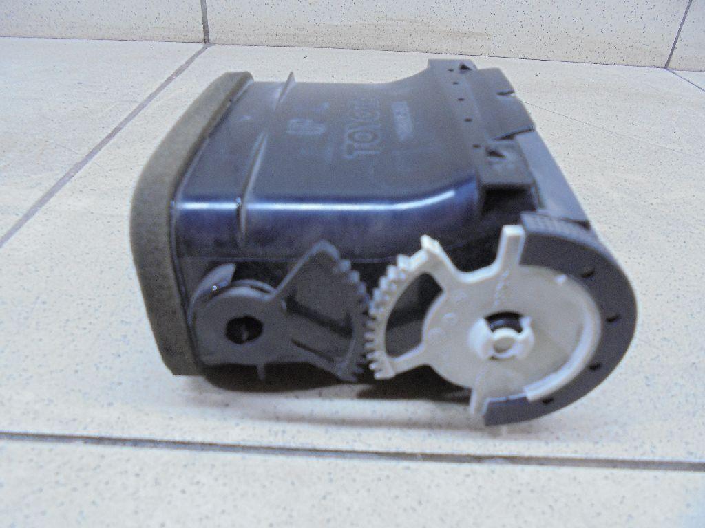 Дефлектор воздушный 5506405010