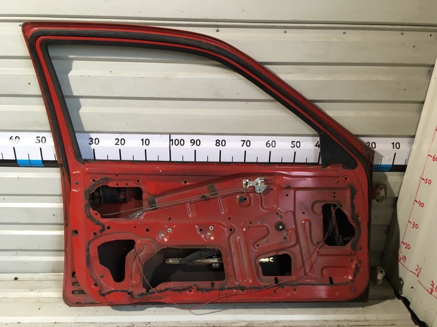 Дверь передняя левая 6800262K00