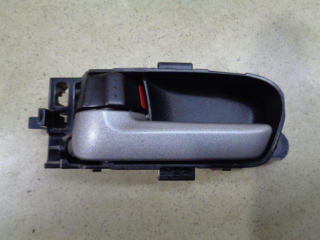 Ручка двери внутренняя левая 8313065J10BWJ