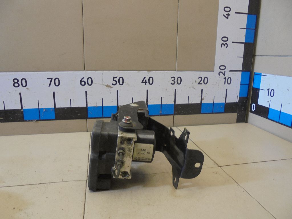 Блок ABS (насос) 5611064JC2
