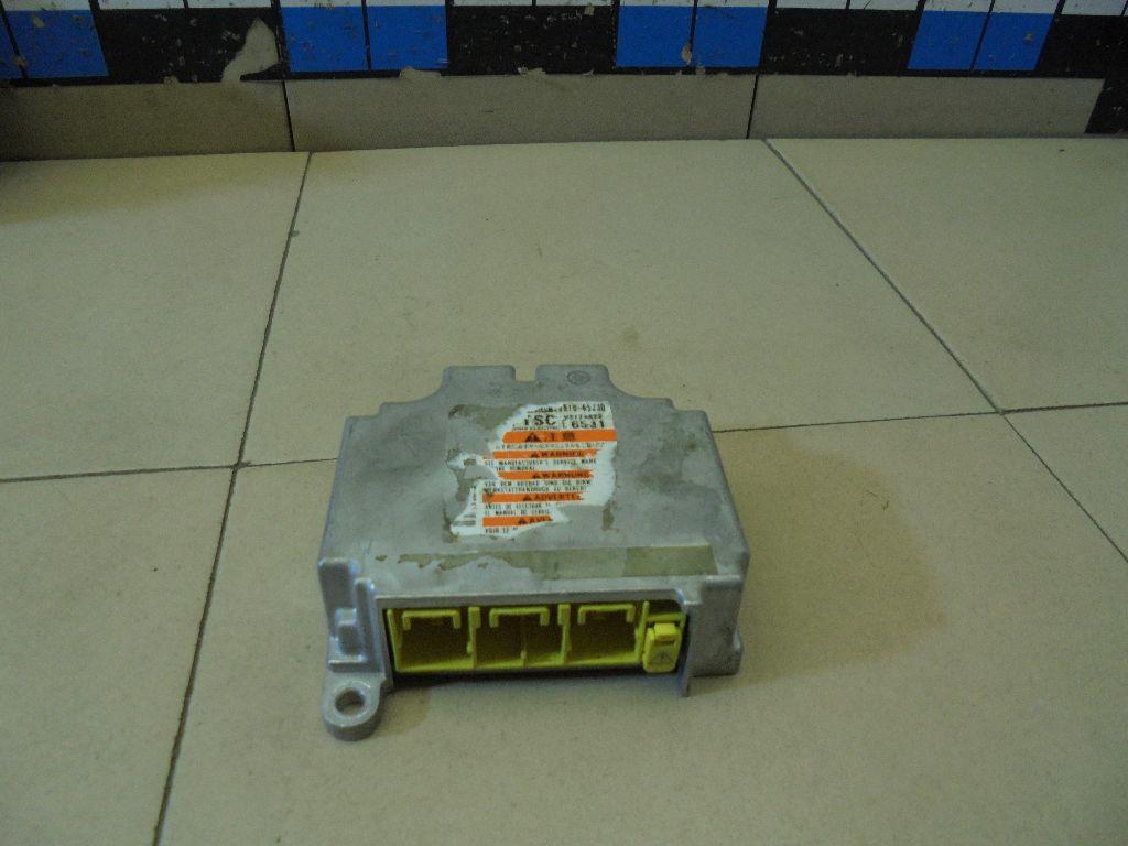Блок управления AIR BAG 3891065J30