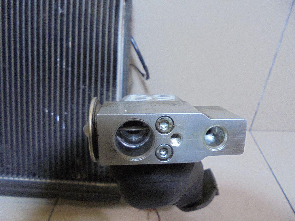 Испаритель кондиционера 73523XA00A