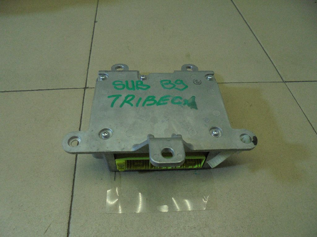Блок управления AIR BAG 98221XA05A