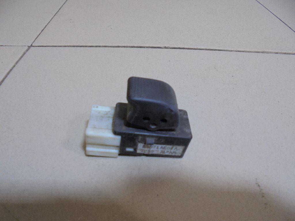 Кнопка стеклоподъемника 83071AE040 фото 3
