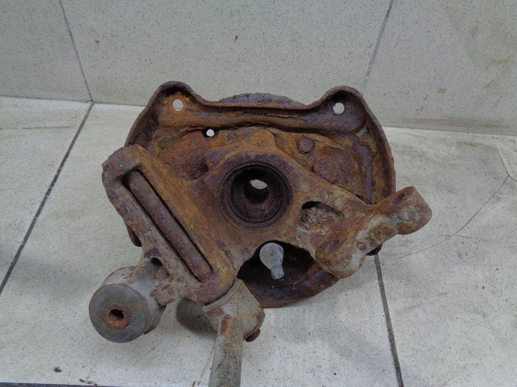 Кулак поворотный задний левый 28419FE010