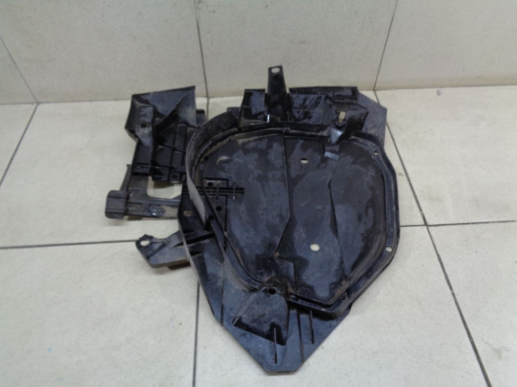 Защита топливного бака 42045SG060