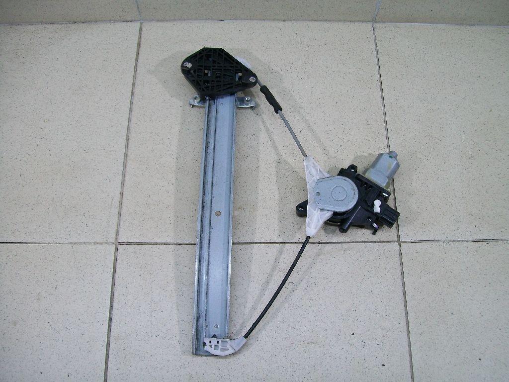 Стеклоподъемник электр. задний правый 61042SG000