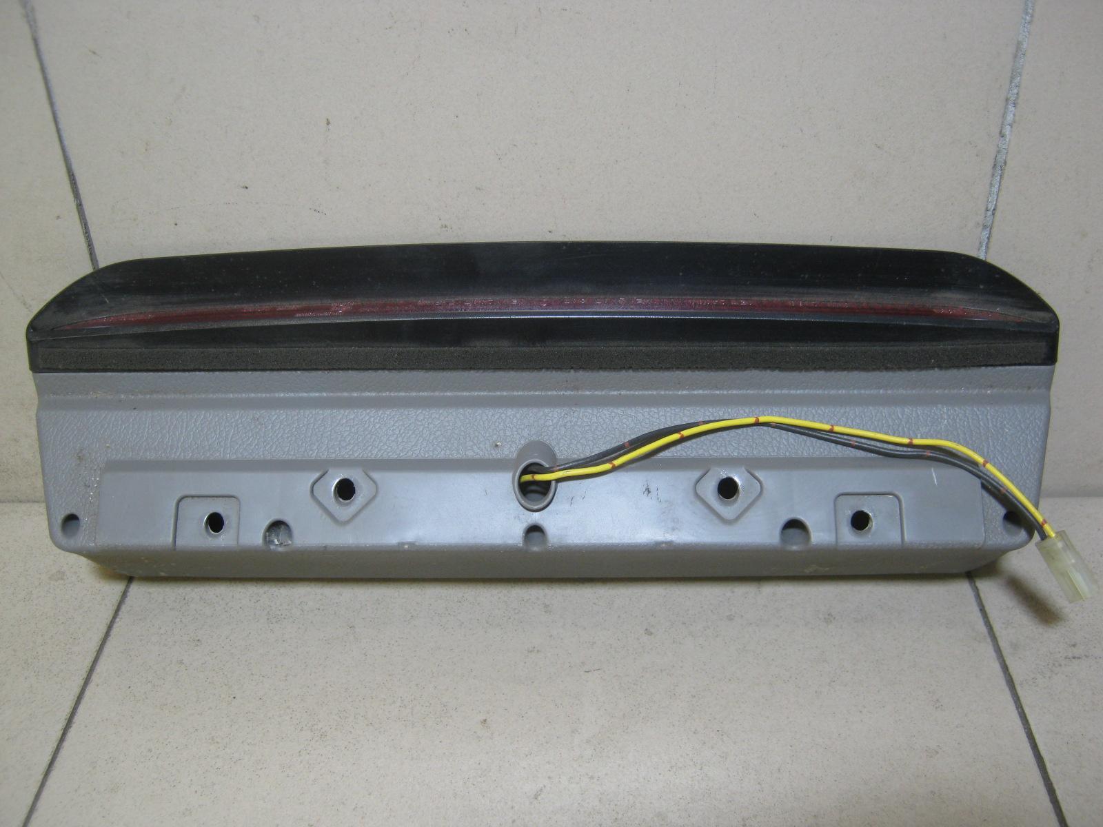 Фонарь задний (стоп сигнал) 84701FC010ND фото 3