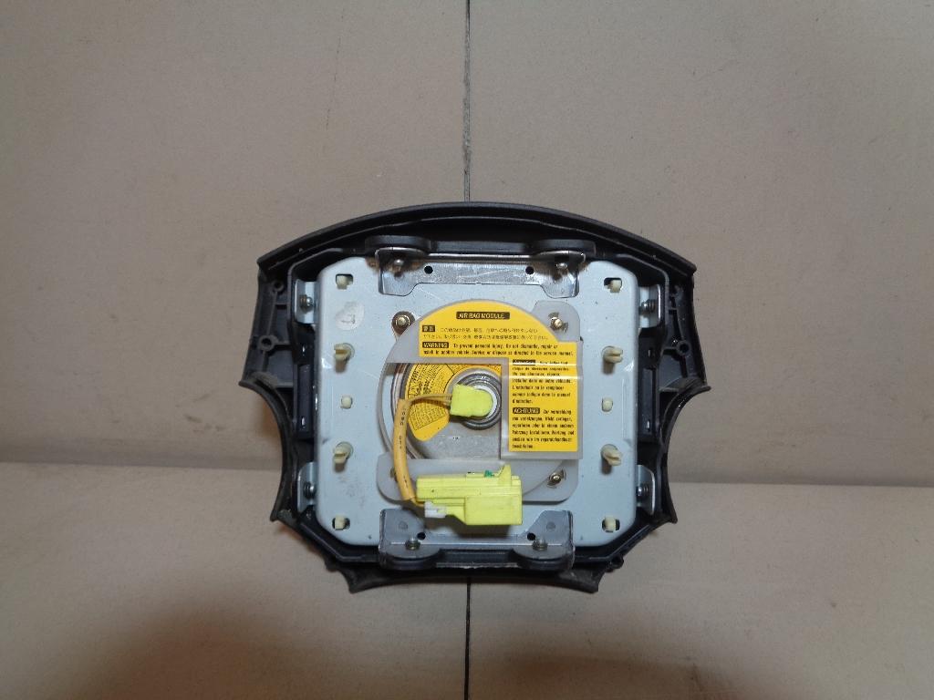 Подушка безопасности в рулевое колесо 98211FC081ML