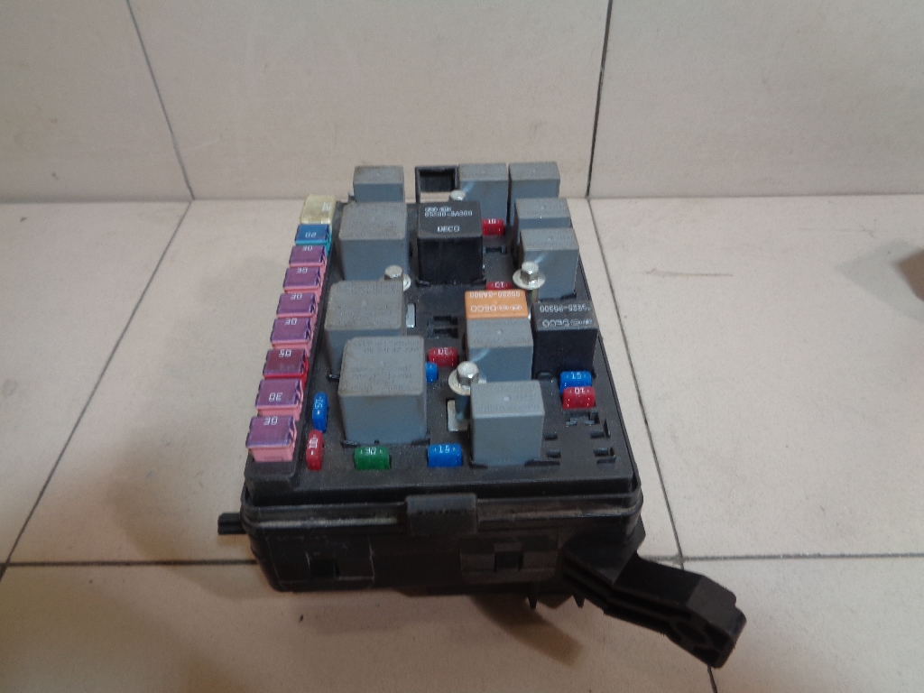 Блок предохранителей 919552F112