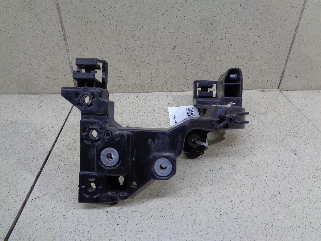 Кронштейн фар левый 64156A2000