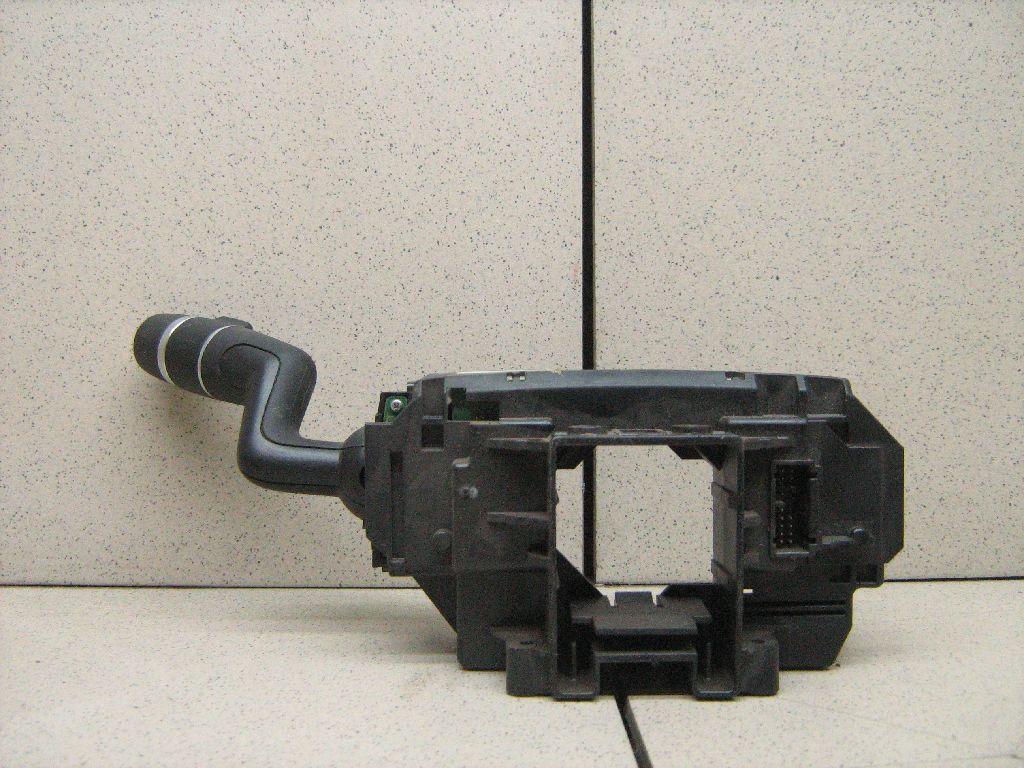 Переключатель стеклоочистителей LR024629