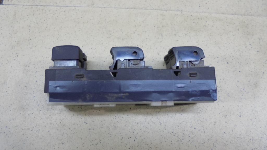 Блок управления стеклоподъемниками 254011BN1B