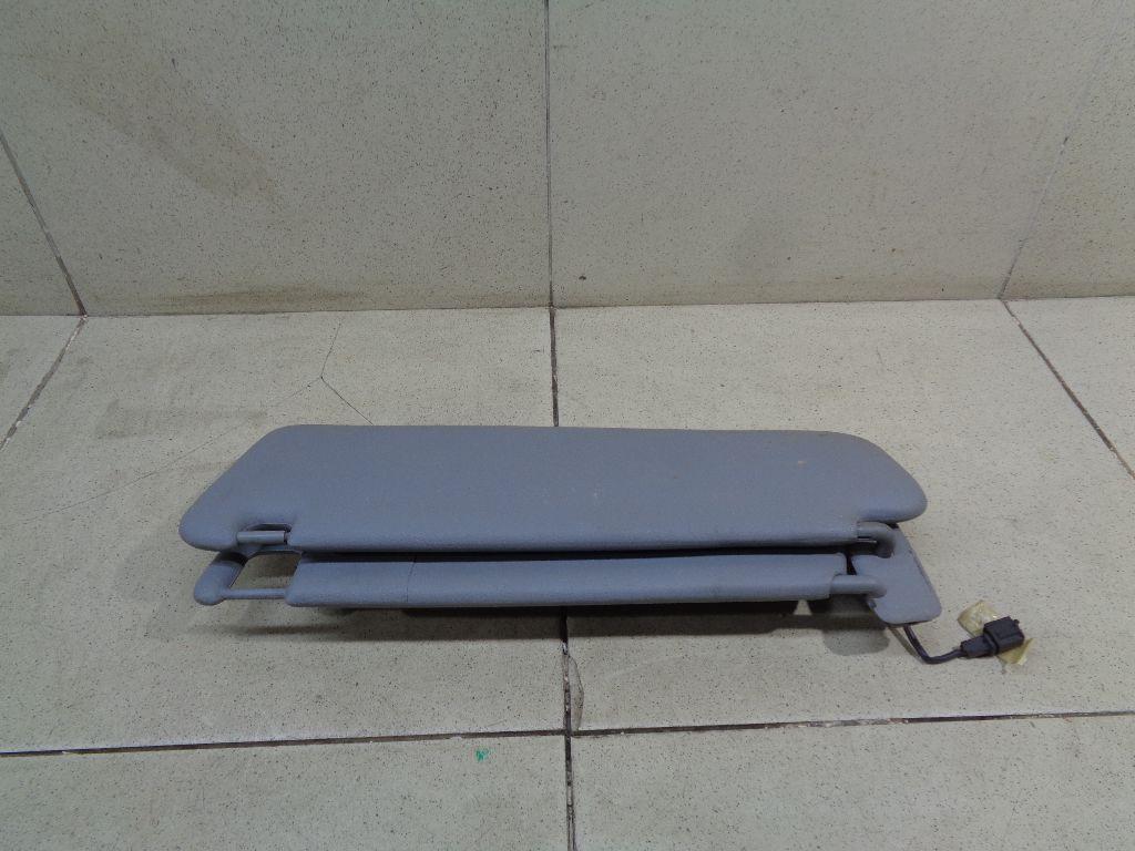 Козырек солнцезащитный (внутри) 95573113601