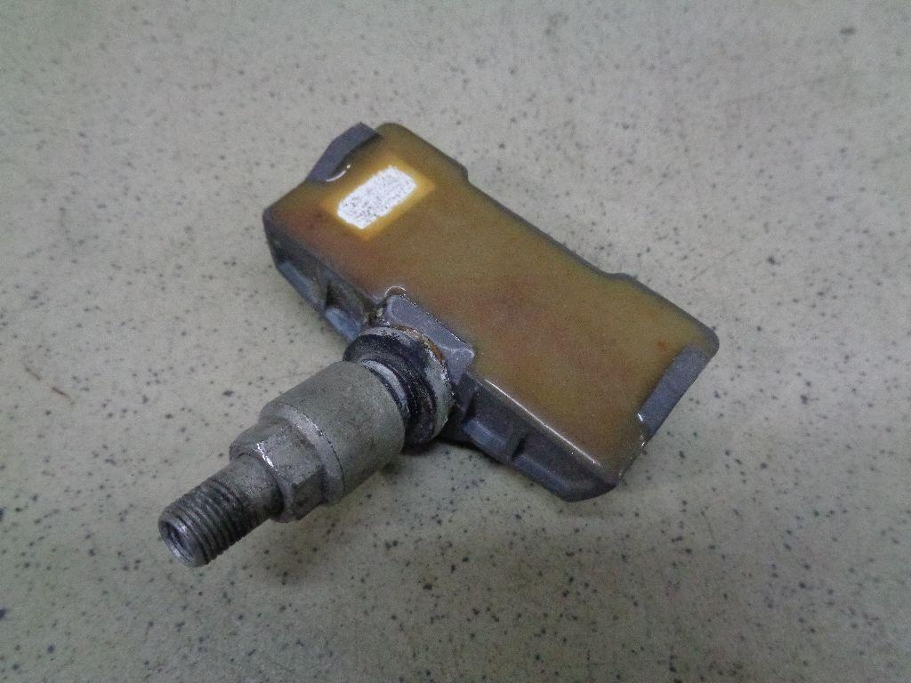 Датчик давления в шине 7L0907275B