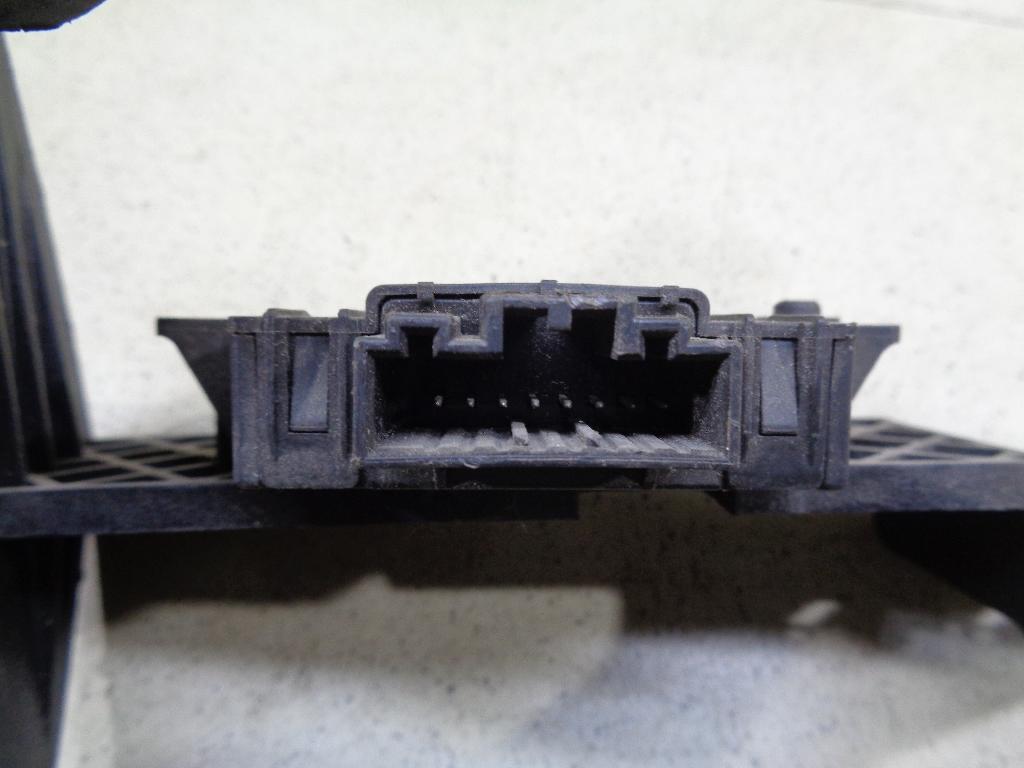 Блок электронный 7L0907719A