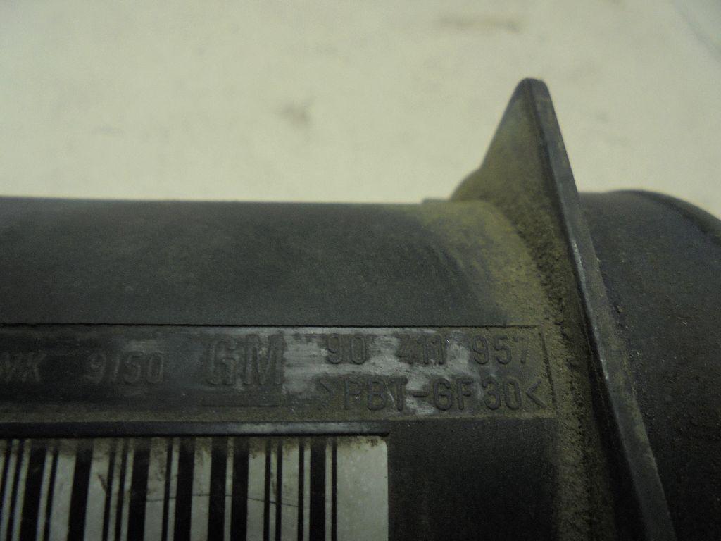 Расходомер воздуха (массметр) 90411957
