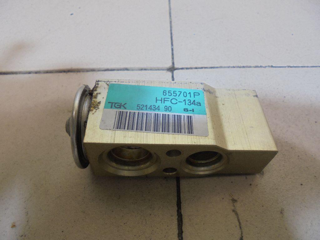 Клапан кондиционера 90512364