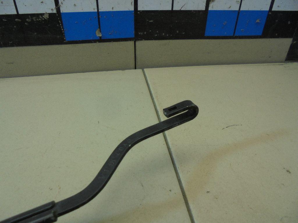 Поводок стеклоочистителя передний правый 28886JG400