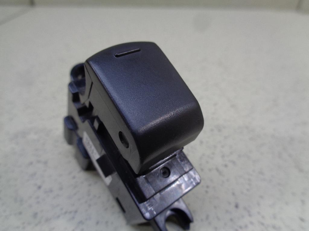 Кнопка стеклоподъемника 25411JD05A