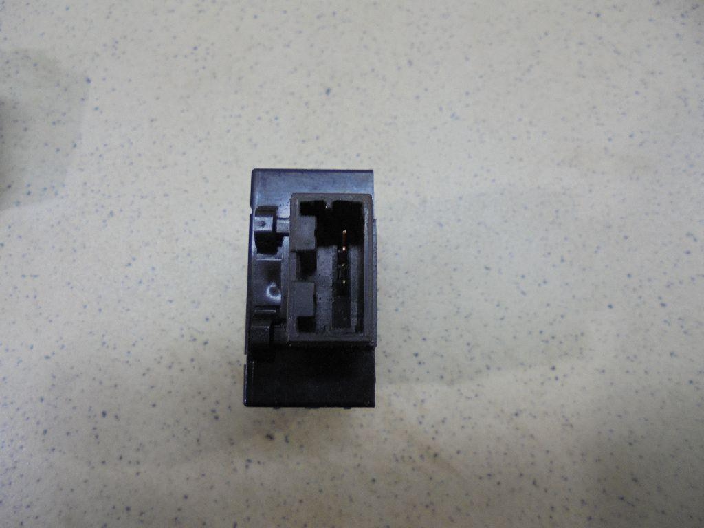 Кнопка антипробуксовочной системы 251451GR0A