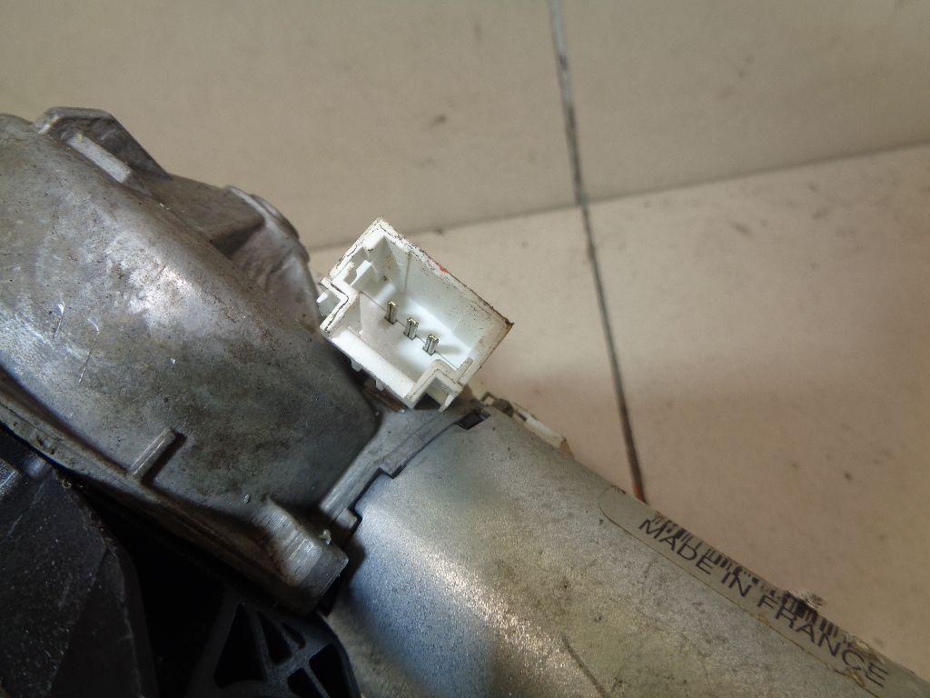 Моторчик стеклоочистителя задний 8200734582