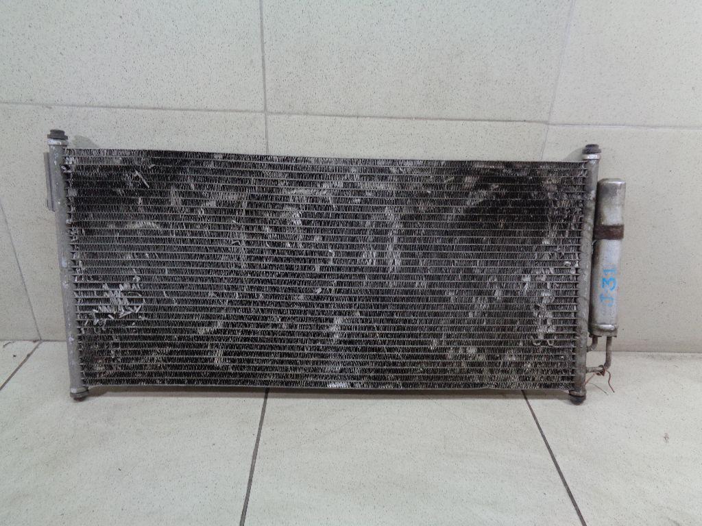 Радиатор кондиционера (конденсер) 921009Y000