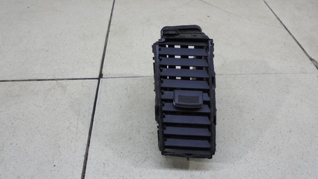 Дефлектор воздушный 68751JN00A