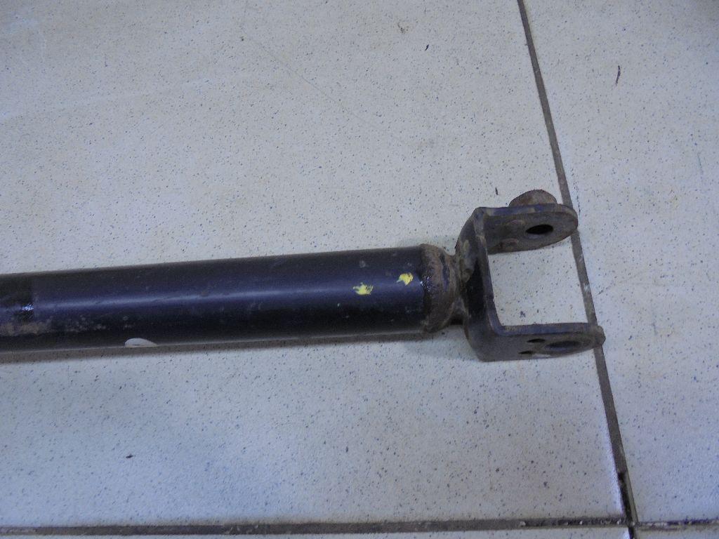 Амортизатор задний E6210JN00C