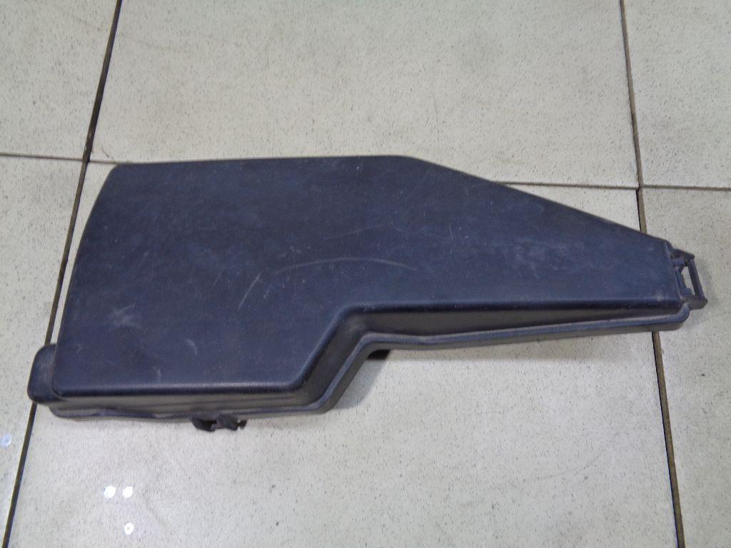 Крышка блока предохранителей 24382KA10A