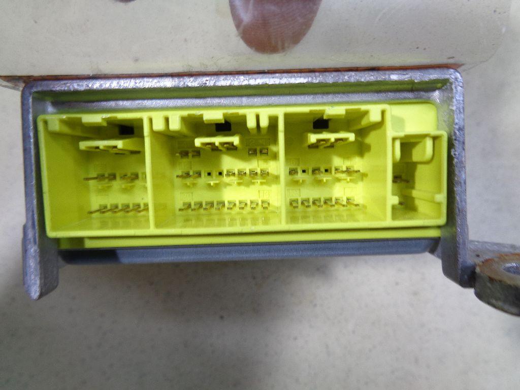 Блок управления AIR BAG 98820JN70B