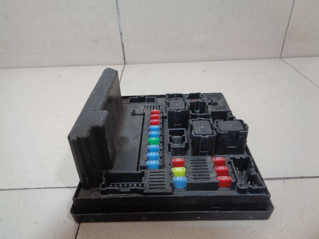 Блок предохранителей 284B7JD00C