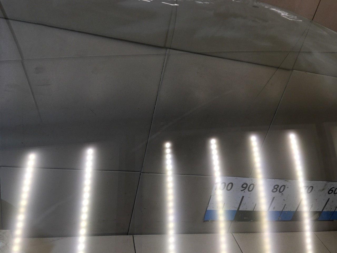 Стекло двери передней левой 8030190J00