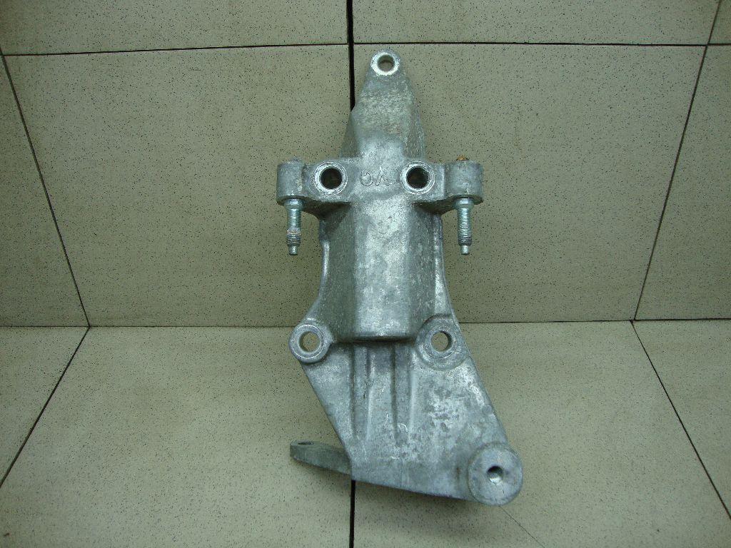 Кронштейн двигателя правый