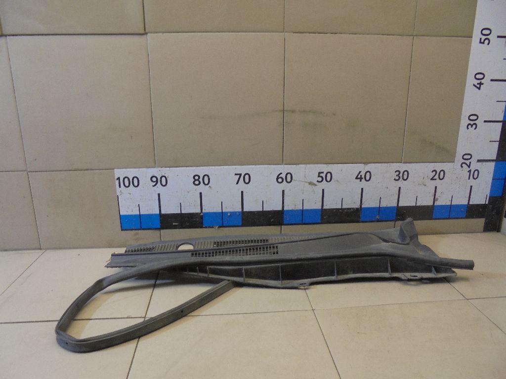 Решетка стеклооч. (планка под лобовое стекло) GJ6A507S0E