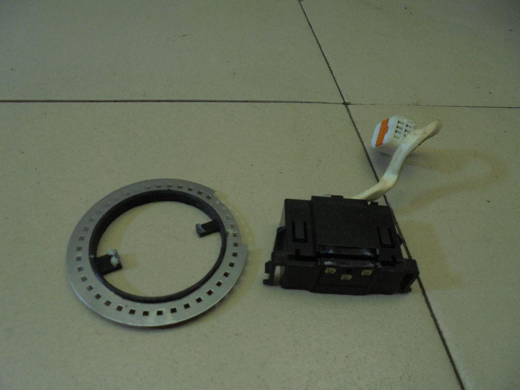 Датчик угла поворота рулевого колеса GJ6E661B1