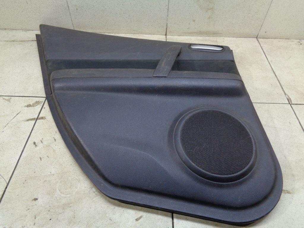 Обшивка двери задней левой GS1D68560G02