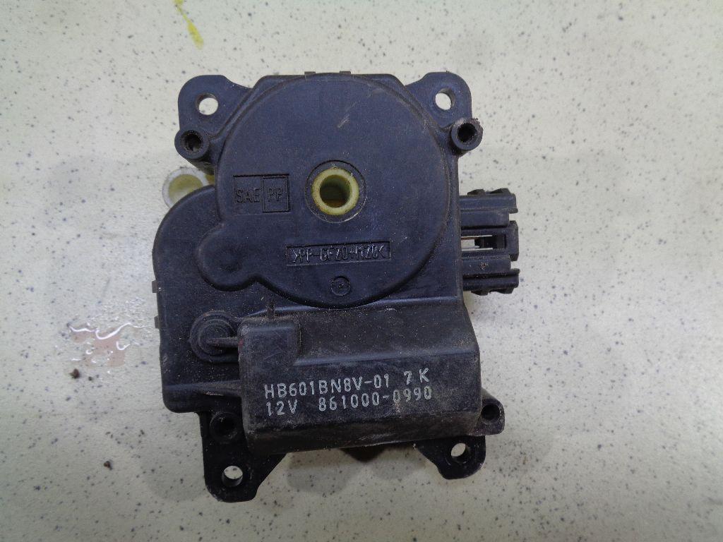 Моторчик заслонки отопителя BP4K61B60