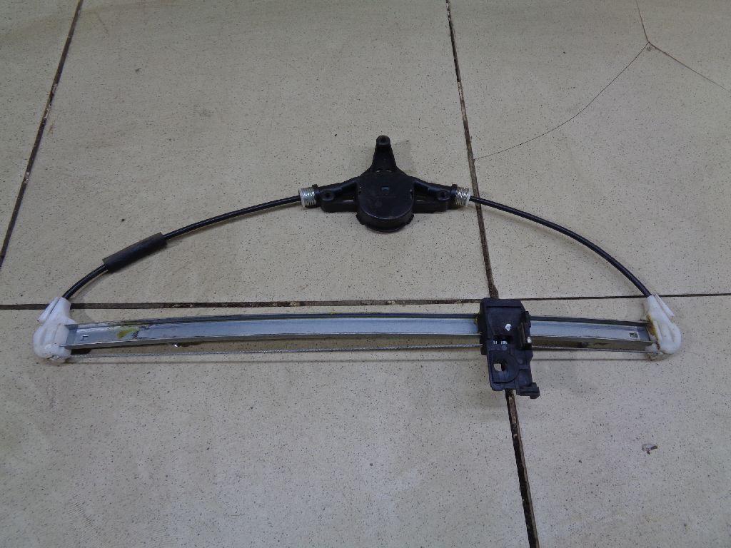Стеклоподъемник электр. задний правый BBM472590