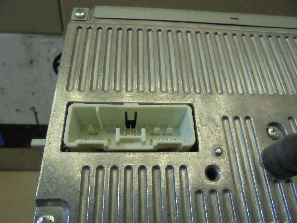 Магнитола BFH566AR0