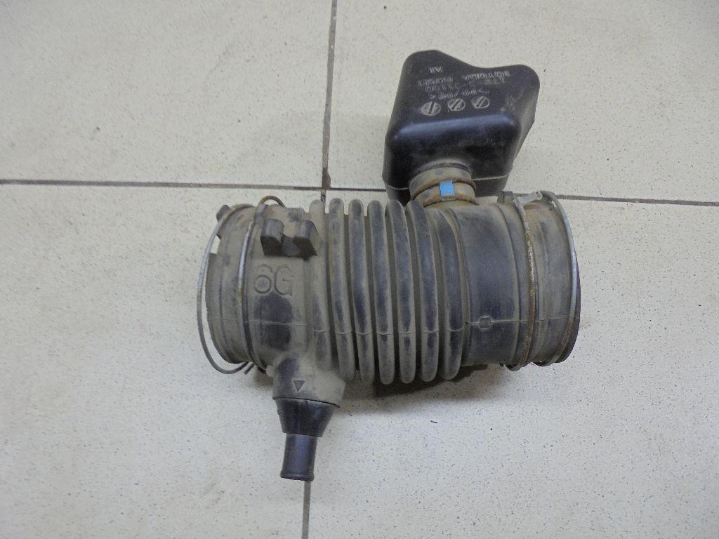 Патрубок воздушного фильтра 1788131220