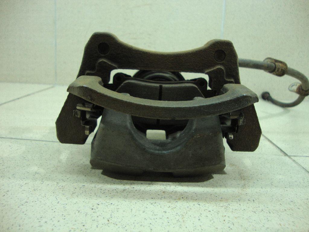 Суппорт тормозной задний левый 4785048110