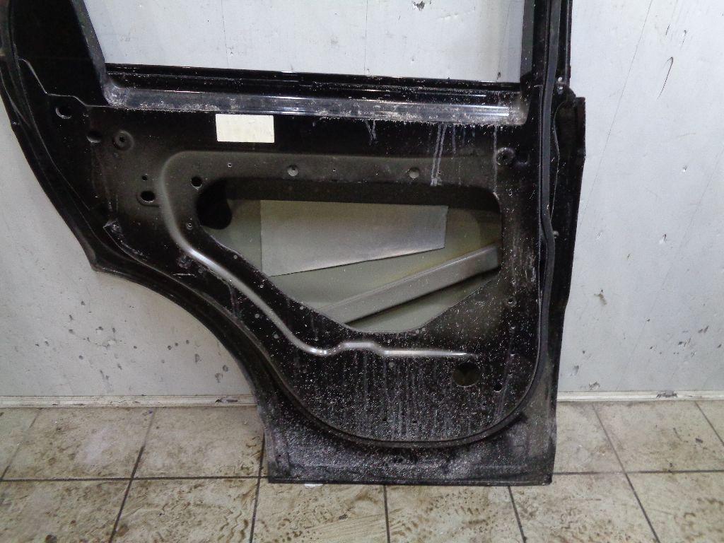 Дверь задняя левая LR044229