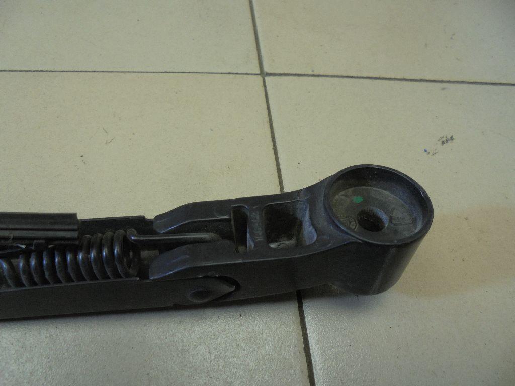 Поводок стеклоочистителя заднего DKB500160PMD