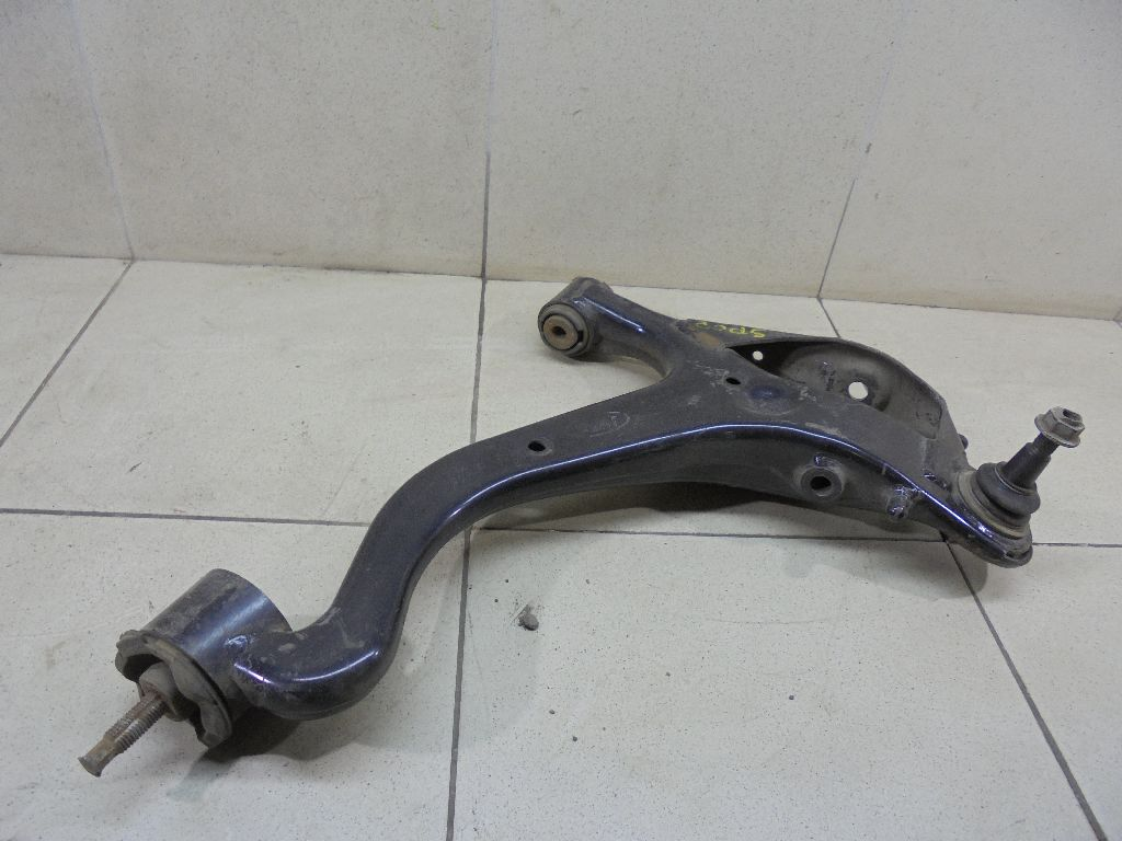 Рычаг передний нижний левый RBJ500456